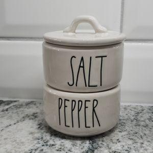 Rae Dunn salt and pepper holder